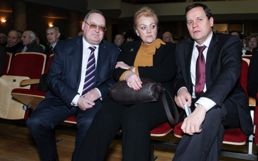 Rusijos Federacijos generalinis konsulas Vladimiras Malyginas, I. Rozova ir V. Tomaševskis