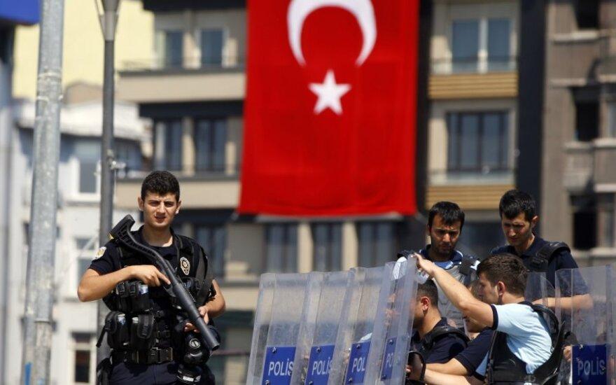 Turcja oferuje UE pomoc w stworzeniu armii