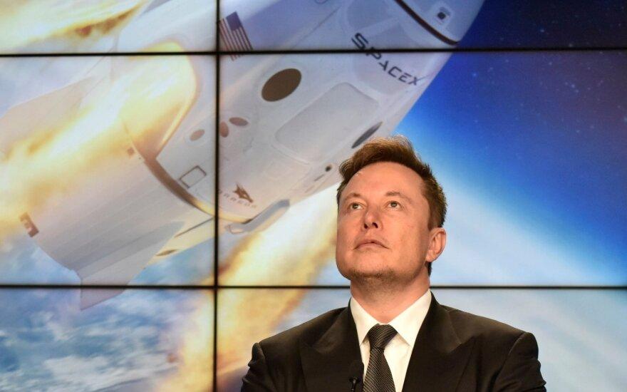 """Илон Маск ответил Дмитрию Рогозину: """"Батут работает"""""""