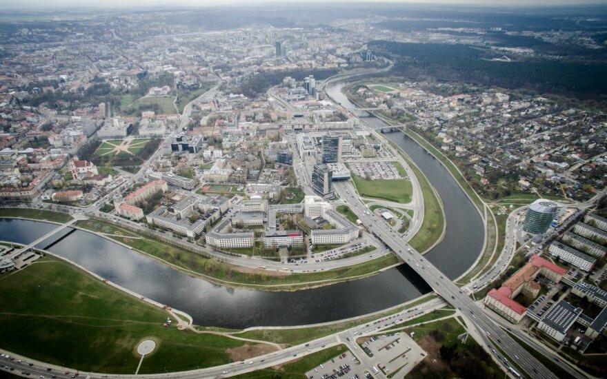 Экологи требуют возместить ущерб природе из-за прорыва канализации в Вильнюсе