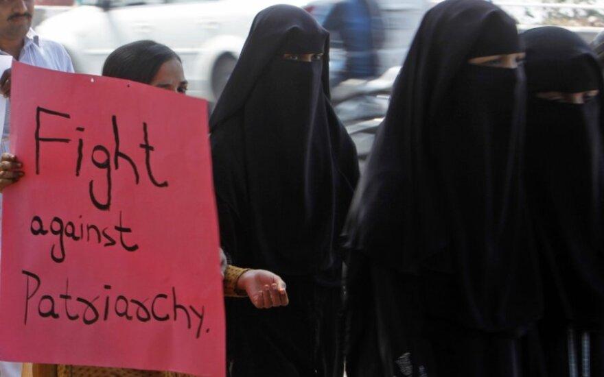 В Дели возобновляется суд по делу об изнасиловании