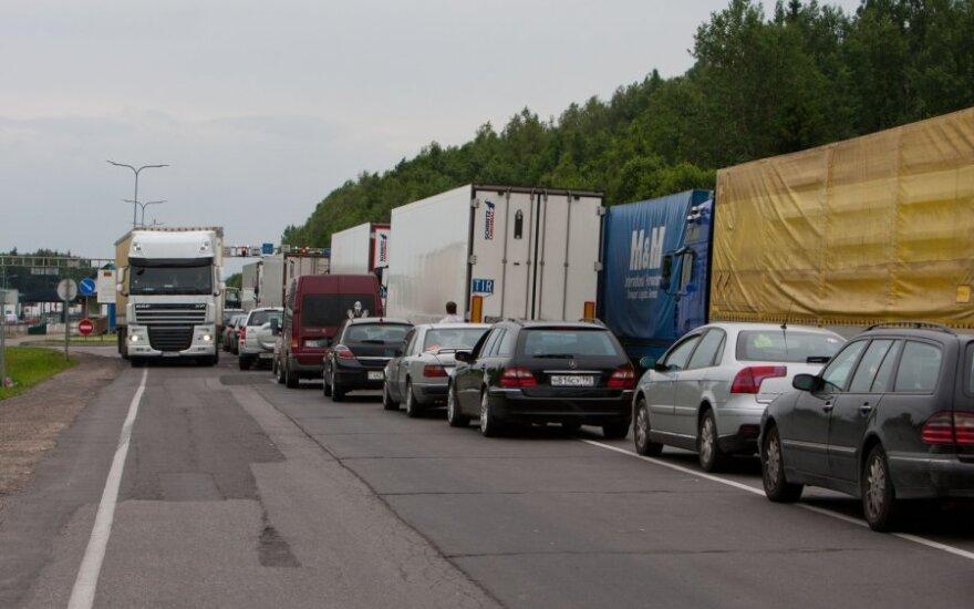 Очереди грузовиков на границе Литвы и Беларуси сократились до 750 фур