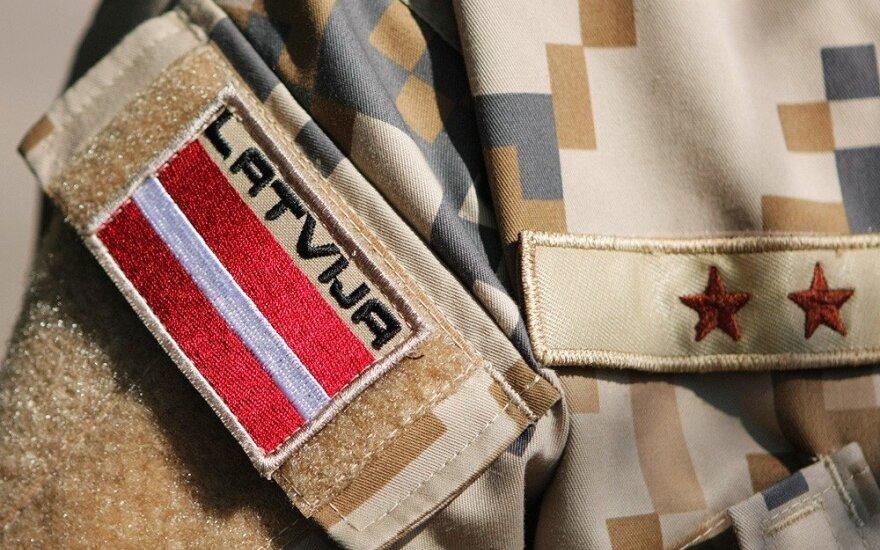 """Вооруженные силы Латвии введут """"доплату за профессионализм"""", чтобы солдаты не увольнялись"""
