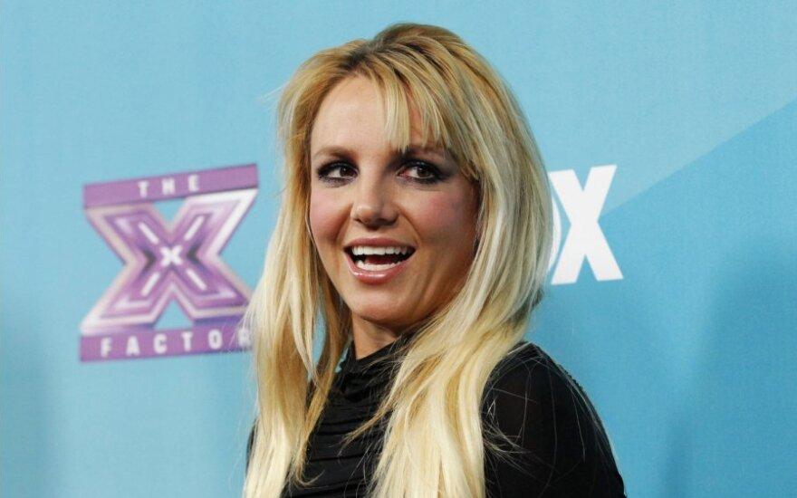Бритни Спирс выгоняют из шоу X-Factor