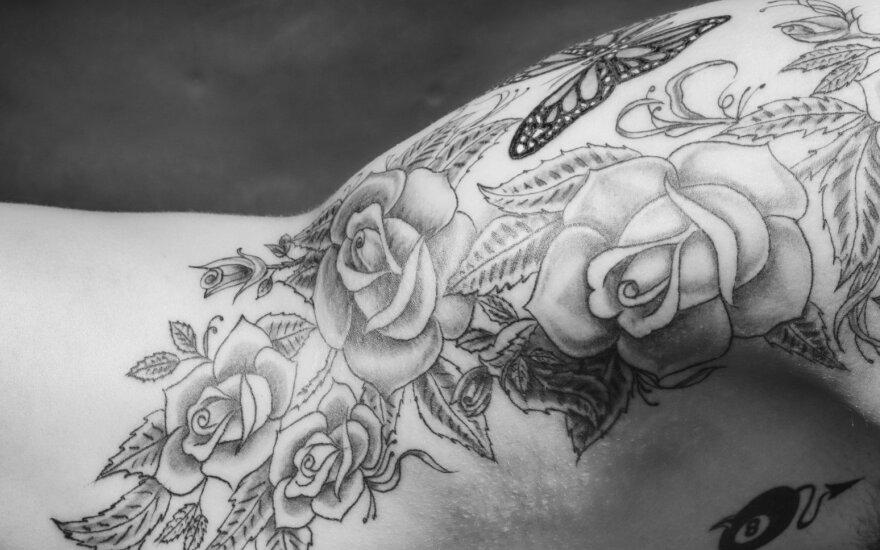 ФОТО: В Сети начали собирать самые красивые татуировки Латвии