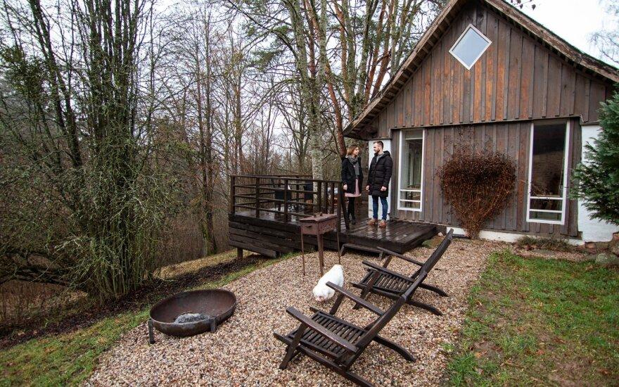В Кайшядорском районе семья построила три дома, в которых хочет побывать вся Литва