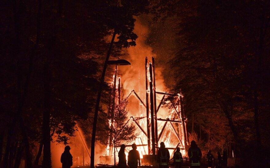 Сгорела Башня Гете - одна из самых высоких деревянных башен в Германии