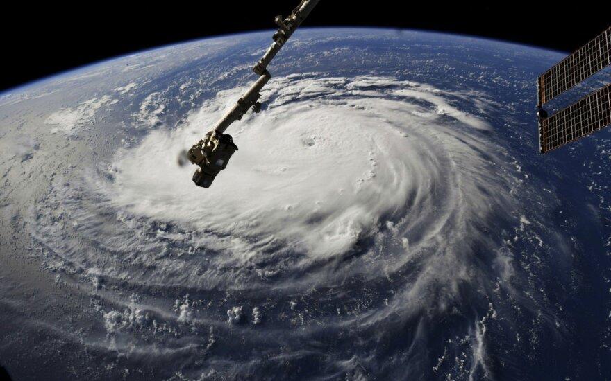 """Тайфун """"Флоренс"""""""