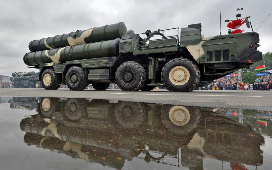 Беларусь показывает военным стран НАТО новые образцы вооружения