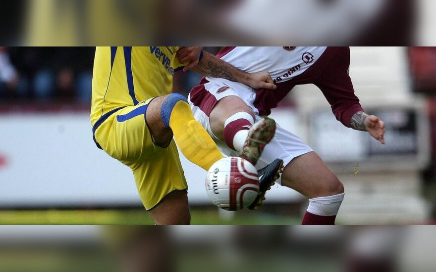 "Aleksejus Jeremenko (""Kilmarnock"")  kovoja su Rubenu Palazuelosu (""Hearts"")"