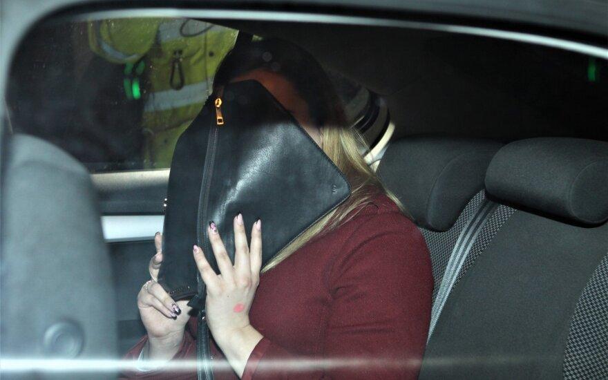 Рейд полиции: девушка с пьяными пассажирами в салоне пыталась скрыться