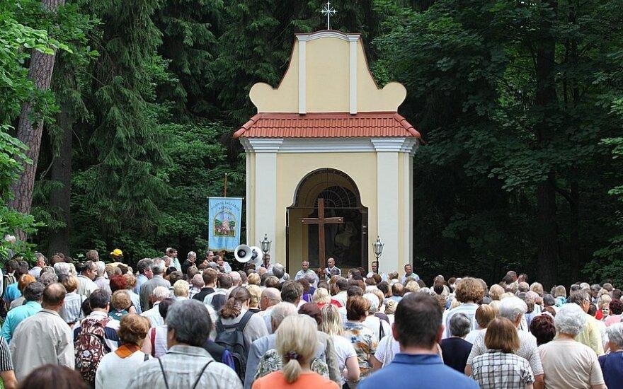 Katolicy obchodzą święto Bożego Ciała