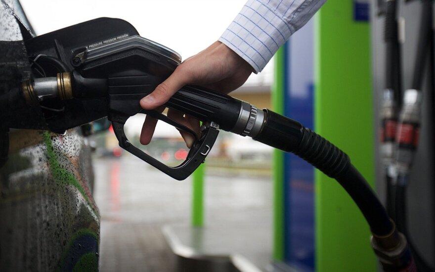 Ceny ropy w przyszłym roku mogą odbić się od dna