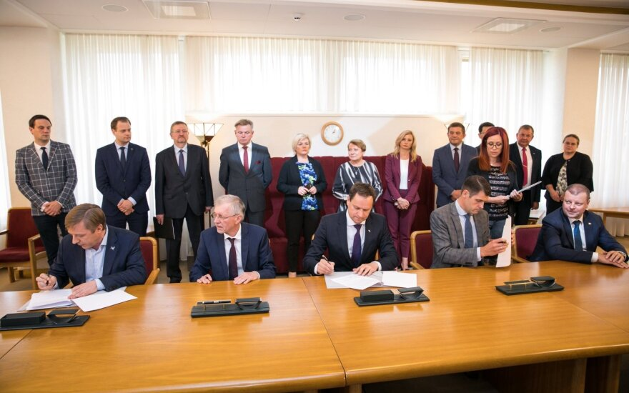 В Литве партии подписали договор о коалиции