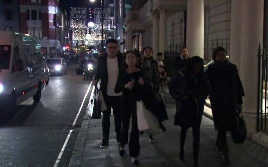 Неизвестные распылили слезоточивый газ в лондонском метро