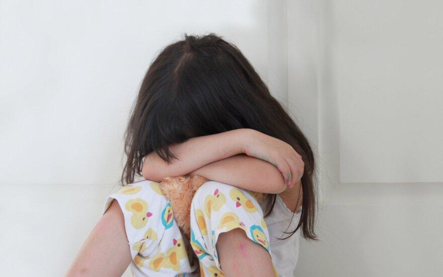 Больше 80% преступлений против детей в РФ совершается в семьях