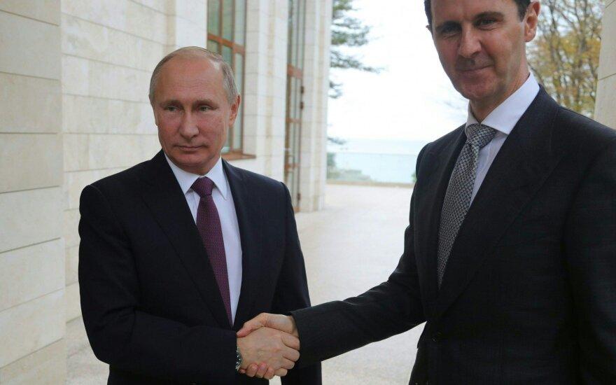 В Госдепартаменте прокомментировали фото с обнимающим Асада Путиным