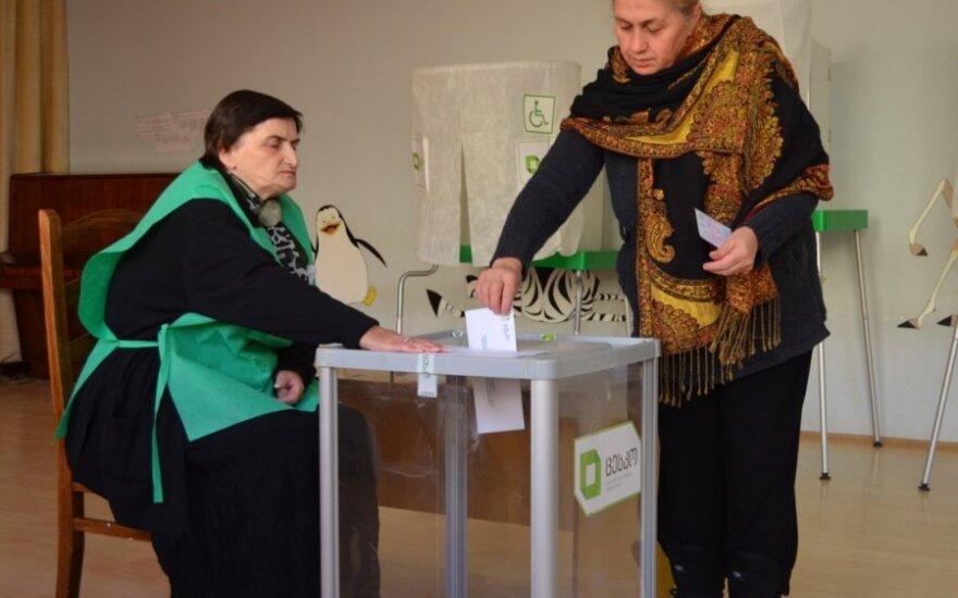 Литовские наблюдатели на выборах в Грузии отмечают пассивность избирателей