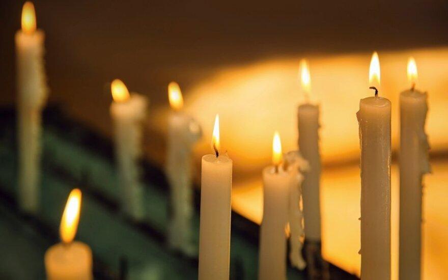 Молодой человек стал виновником трагического ДТП в Паневежском районе, один водитель погиб