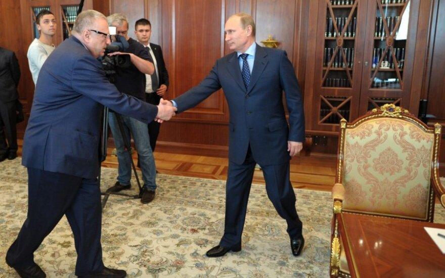 """Путин: Жириновский """"зажигает красиво"""""""