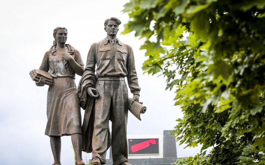 Власти Вильнюса не спешат с решением о дальнейшей судьбе советских скульптур