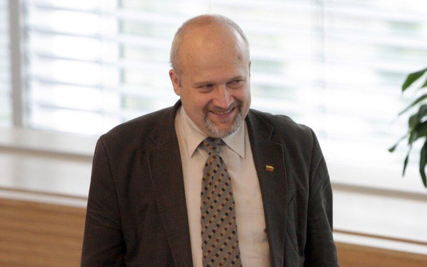 Songaila chce zabronić kandydowania posiadaczom Karty Polaka