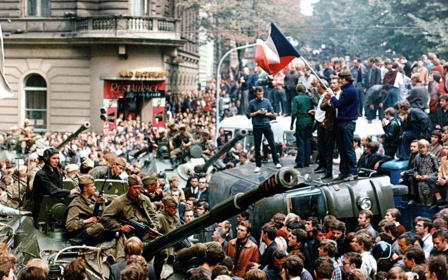 Prahos pavasaris: sovietams čekoslovakai priešinosi taikiai