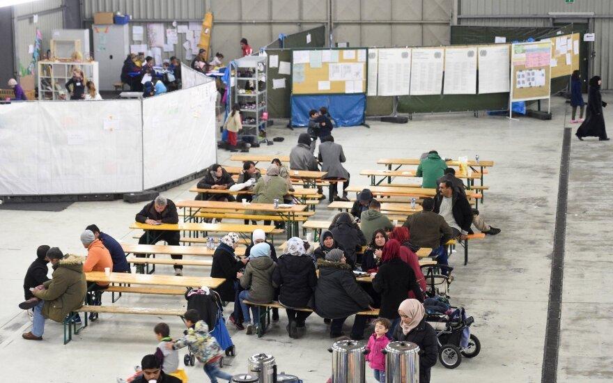 Глава Еврокомиссии созывает кризисный саммит по беженцам на Балканах