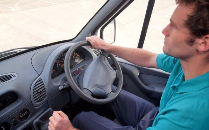 Когда в Литве можно будет регистрировать автомобили с правым рулем?