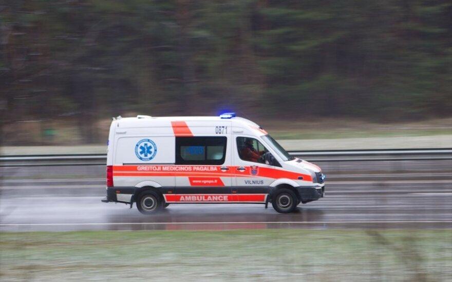 Упавший с мотоцикла мужчина умер по дороге в больницу