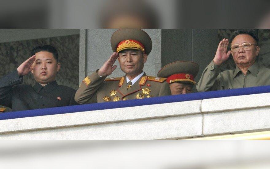 Соратникам Ким Чен Ира поставляют гамбургеры из Пекина
