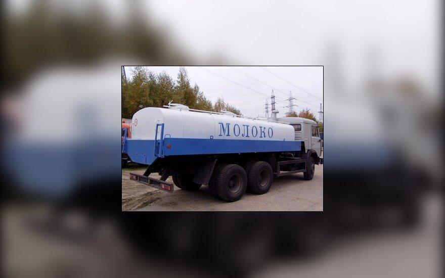 """Белорусское молоко """"устно"""" указали пропускать"""
