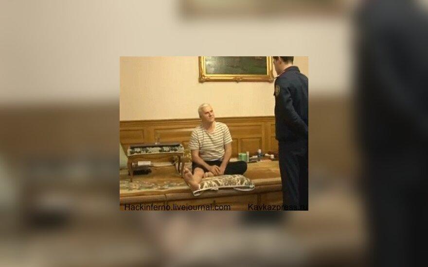 Обнародовано видео спецоперации ФСБ по задержанию мэра Махачкалы Амирова