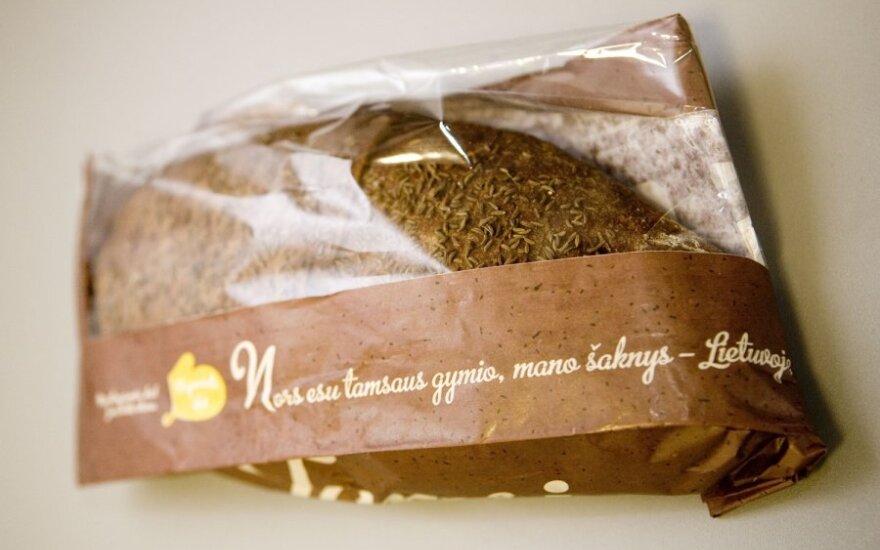Надпись на пакете с хлебом: пускай я темный, мои корни в Литве