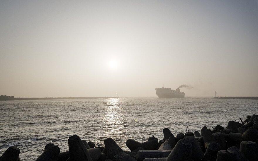 В Клайпеду прибыло судно с нефтью для Беларуси
