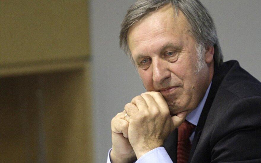 Гилис намерен вернуться в политику
