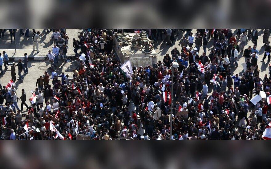 Neramumai Egipte tęsiasi