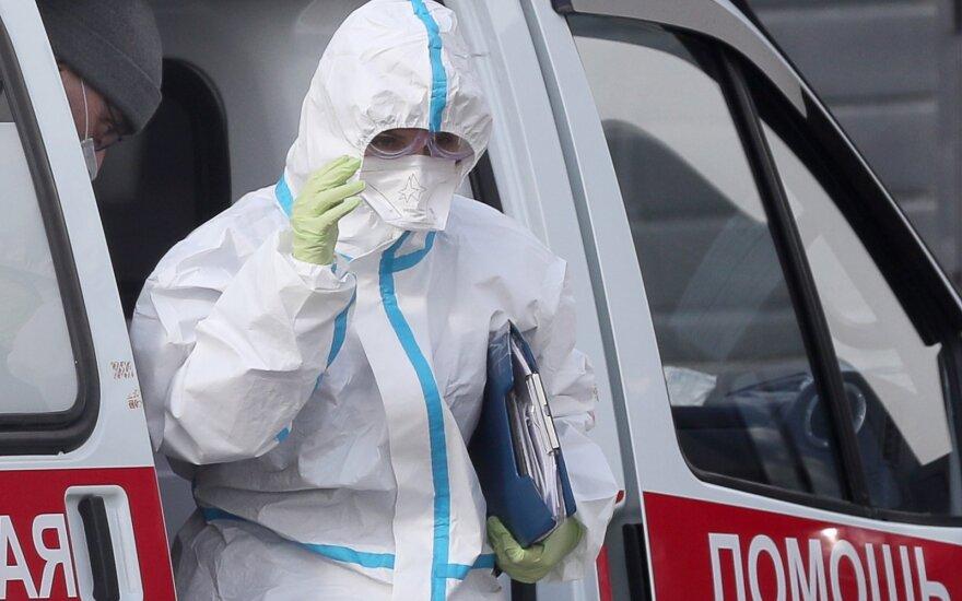 Особенности коронавируса в России: у половины инфицированных нет симптомов