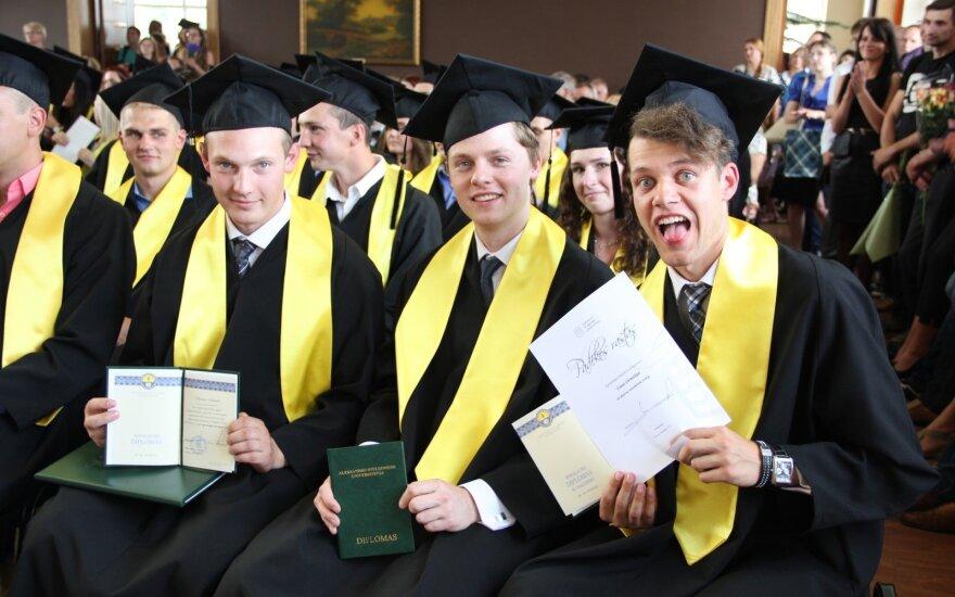 ASU diplomų įteikimo šventė