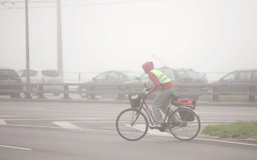 Dviratininkas smoge (asociatyvi nuotr.)