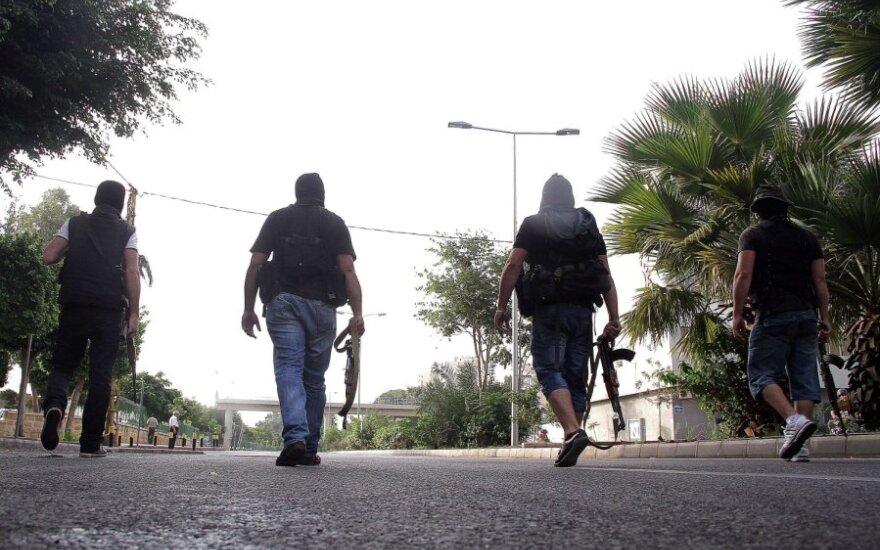 Libane po nužudyto žvalgybos pareigūno laidotuvių policija susirėmė su protestuotojais