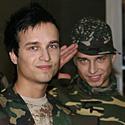 """""""MTV Lietuva"""" vedėjai broliai dvyniai Artūras ir Robertas"""