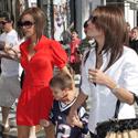 Victoria Beckham su sūnumi Romeo ir Eva Longoria apsipirkinėja Beverli Hilse