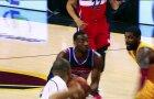 """NBA naktis: Rytų konferencijos banginių mūšis, įsibėgėjantys """"Raptors"""" ir fantastiškas C.J. McCollumas"""