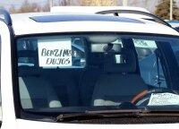 Žinovas papasakojo, kada turi kilti įtarimas dėl apgavystės, kai perkamas naudotas automobilis