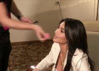 Kim Kardashian: kaip jai pavyksta suderinti motinystę, teisės studijas ir rūpinimąsi savo išvaizda
