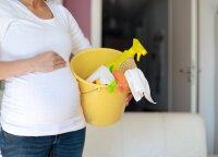 Namus dezinfekuojate kruopščiau? Patarė, kokių valymo priemonių vengti nėštumo metu
