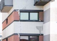 Įtrūkusios namo sienos įspėja apie grėsmę: rekomenduoja nenumoti ranka