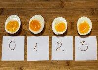 Eksperimentas virtuvėje: išbandė skirtingai pažymėtus kiaušinius iš parduotuvės – vieną iš jų paragavus net supykino
