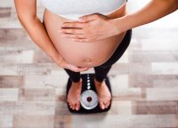 Nėštumas ir svoris: ginekologė įvardino ribą, kurios nereikėtų viršyti